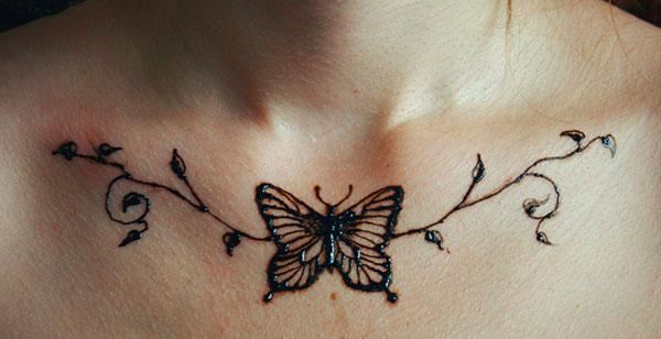 бабочка из хны
