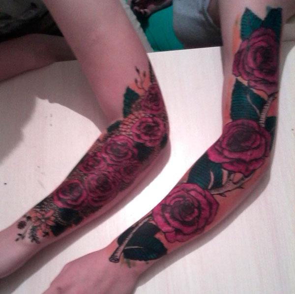 розы из хны на руках