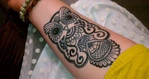 Мехенди сова на руке