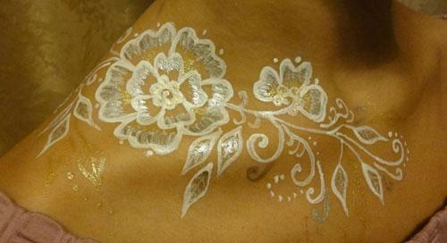 белое мехенди цветы фото
