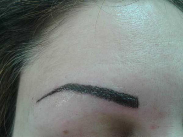 сколько держится татуаж бровей волосковый