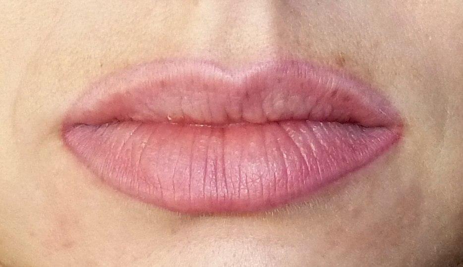 заживление губ после татуажа