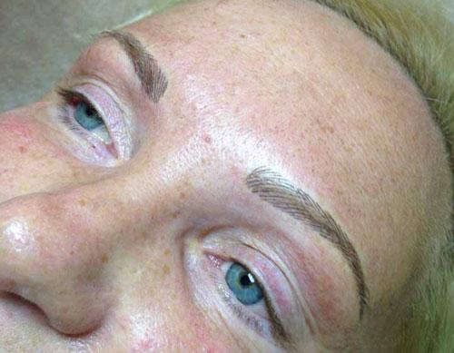 жирная кожа татуаж бровей