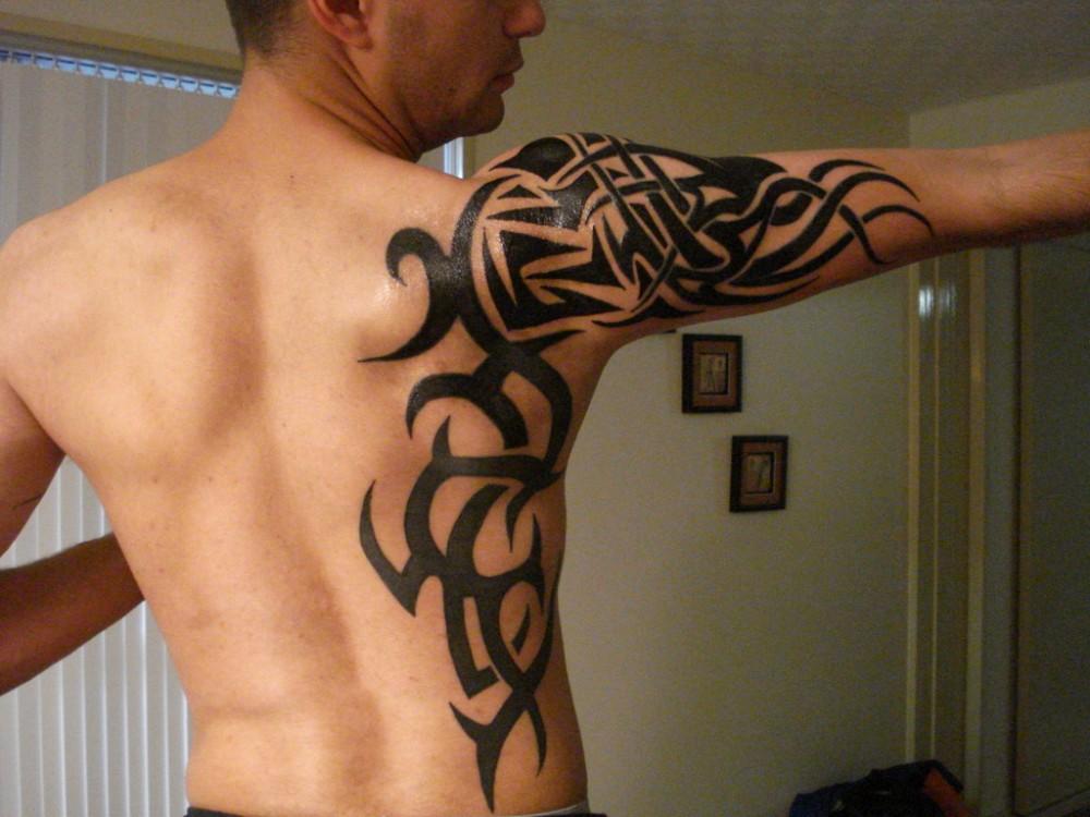стили тату для мужчины трайбл