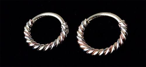 кольцо в ухо