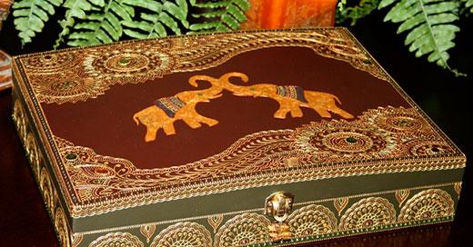 Мехенди слон