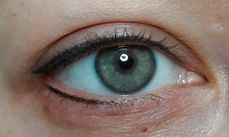 неудачное тату глаз