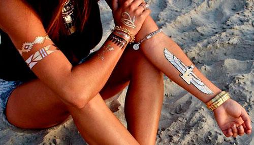 переводные татуировки на руках