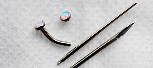 инструмент для прокола губы