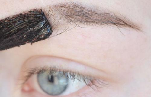 Окрашивание бровей от седых волос